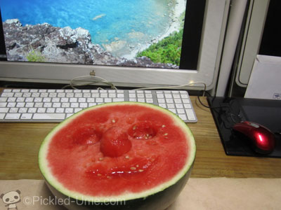 今日の昼ご飯 – 夏と言えば?スイカでしょっ!